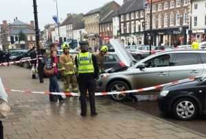 PCSO at car fire